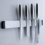Металлический магнитный держатель с ножами