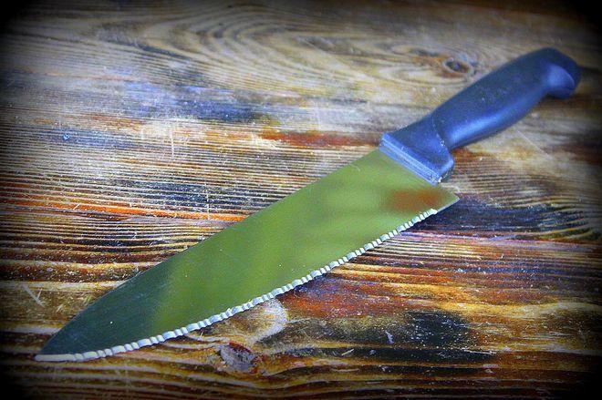 Серрейторный шеф-нож