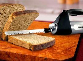 Электрический нож для хлеба с рукояткой