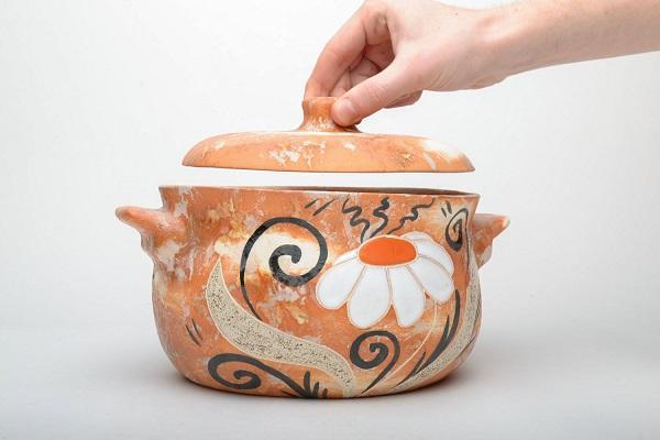 Керамическая кастрюля
