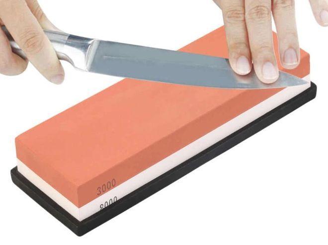 Заточка ножа на мелкозернистом камне