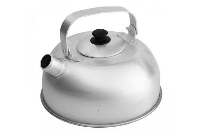 Алюминиевый чайник