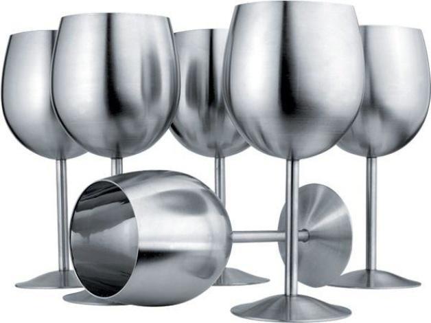 Металлические бокалы