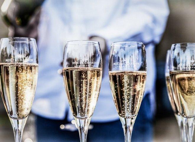 Шампанское в Флюте
