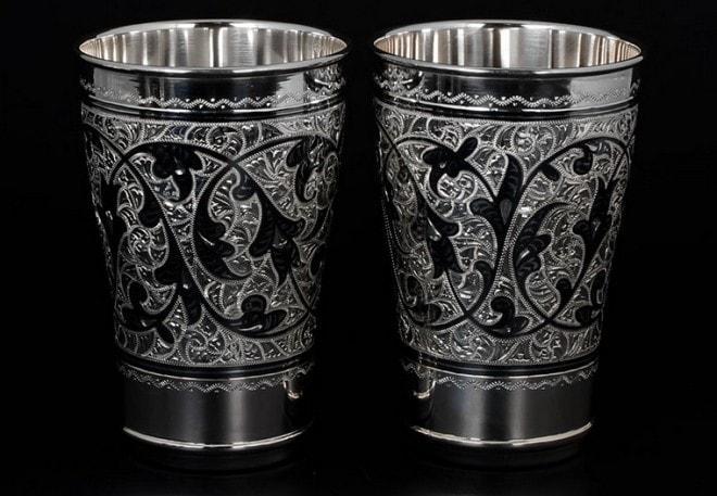 Серебряные стаканы для чая