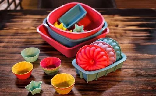 Силиконовые формы для тортов, как ими пользоваться и чистить и где их купить?