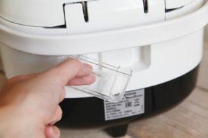 Как мыть мультиварку полностью и особенности очистки чаши