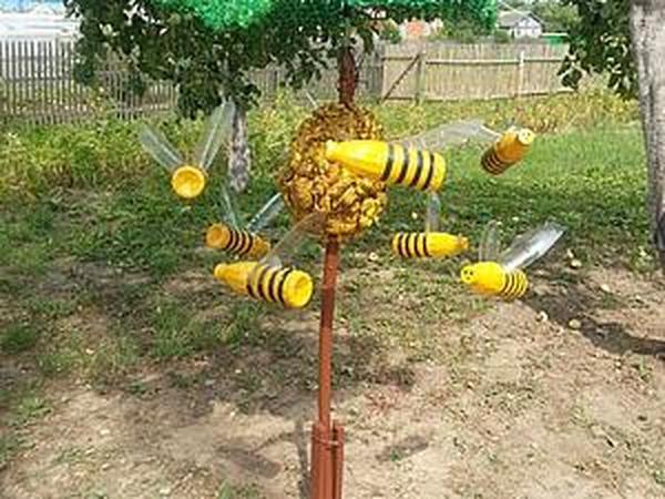 как сделать пчел из пластика.