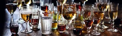 барная посуда для коктейлей.