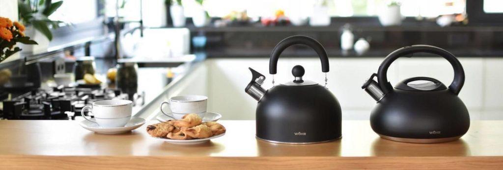чайник со свистком для газовой плиты.