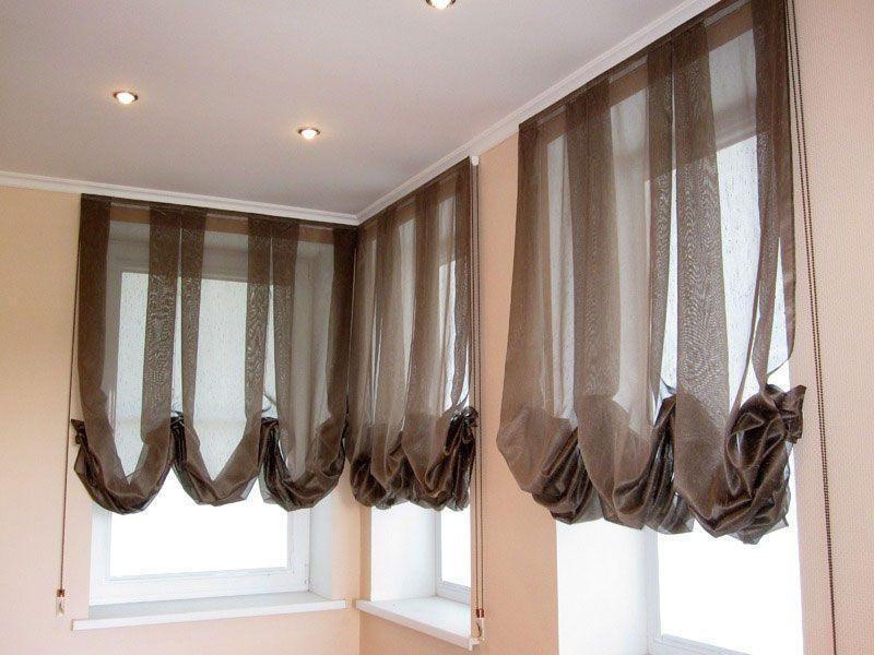 Австрийские шторы коричневого цвета