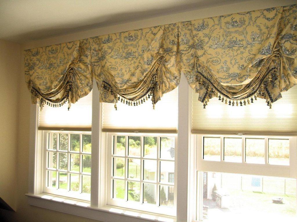 короткие шторы в интерьере.