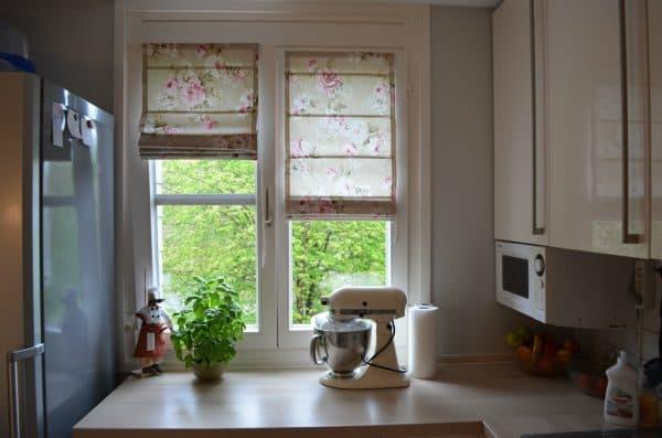 шторы на маленькое окно.