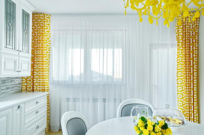 желтые цвета в интерьере кухни.